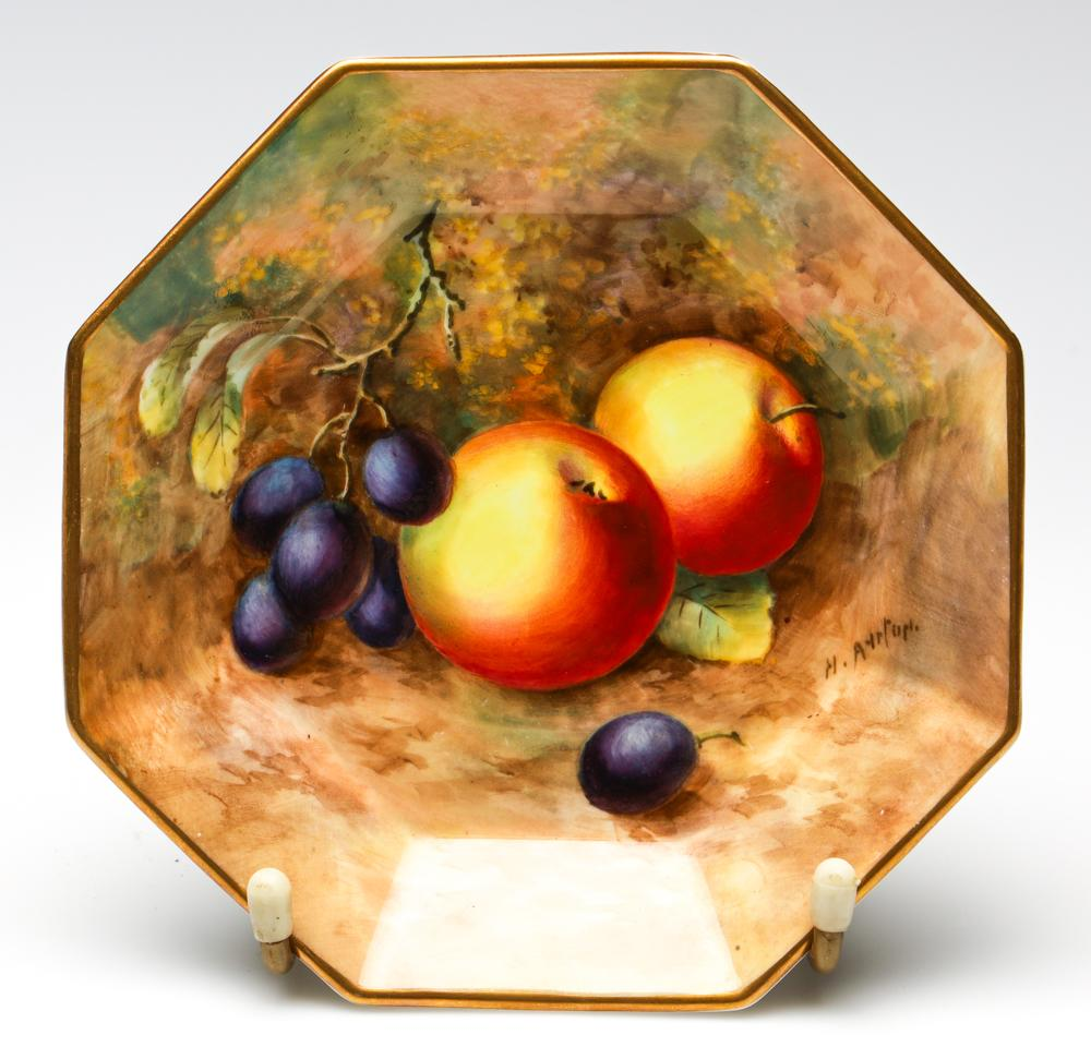 A Handpainted Royal Worcester Octagonal Plate, Signed H. Ayrton (Harry Ayrton) (Dia:15cm)
