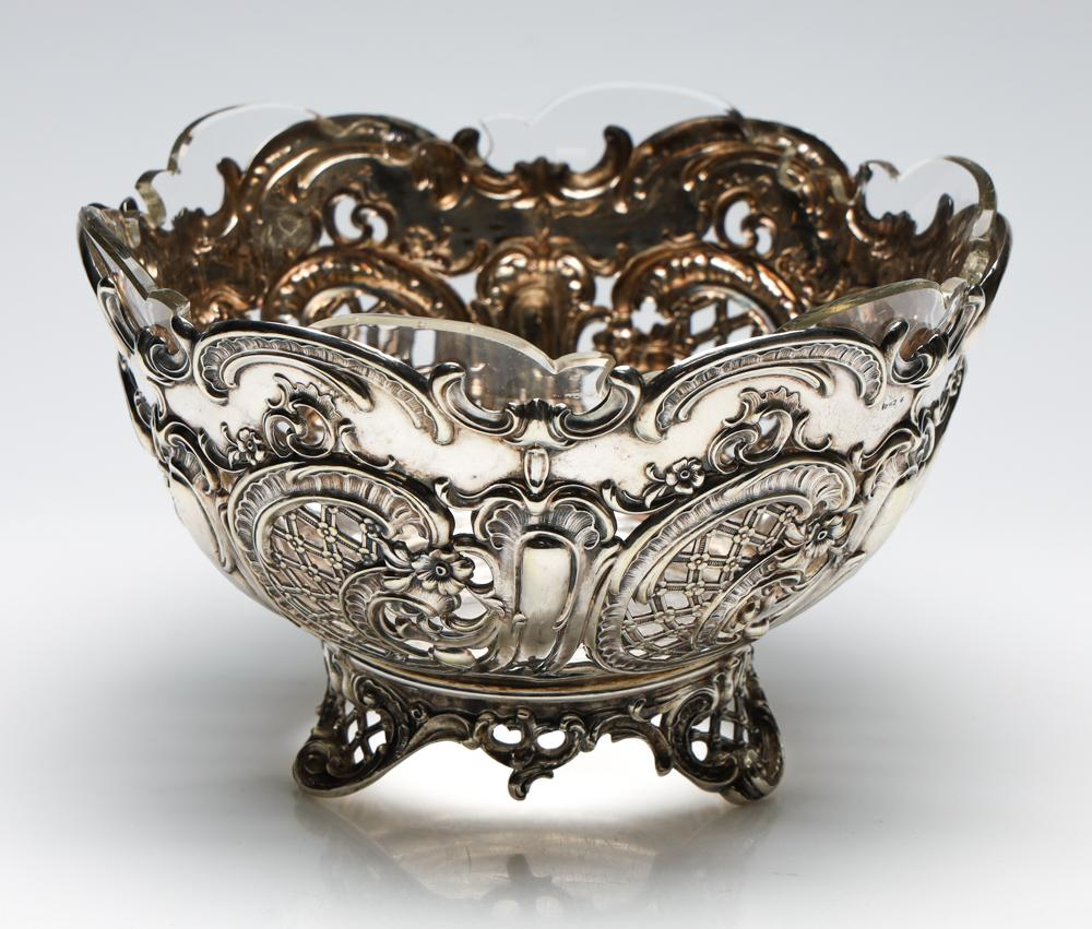 A 19th Century German Silver Rococo Style Footed Centrepiece Bowl With Original Hand Cut Glass Bowl Insert (Wt 393g)