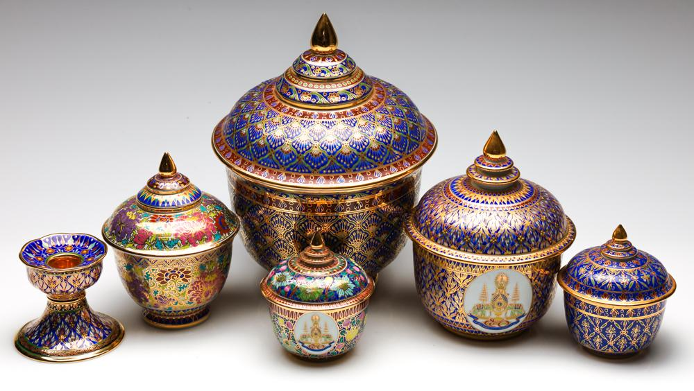 A Matched Suite of Royal Bone China Handpainted Ceramics Incl. Four Lidded Urns and Candlestick (H:27cm - Largest Urn)