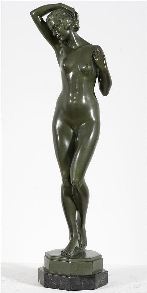 FRANZ SEIFERT (1866-1951, Austrian) - Standing Nude height: 57.0 cm
