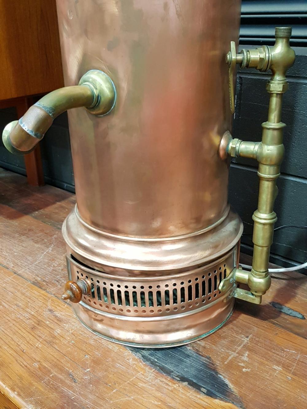 """Lot 1025: Copper Hot Water Service """"L'Omnium no72155"""""""