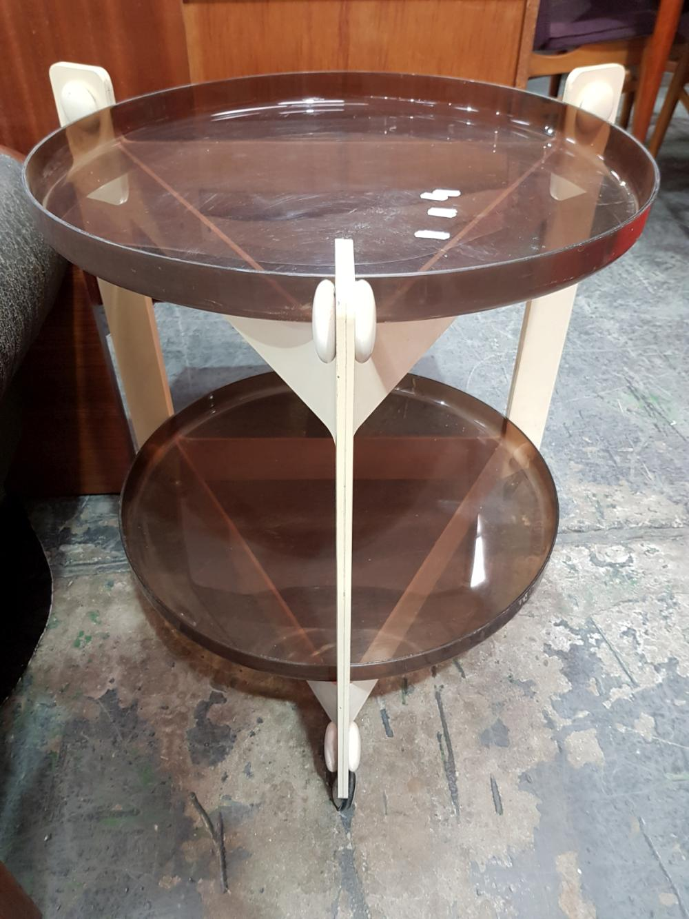 Lot 1061: Cartel Side Table of 2 Tiers