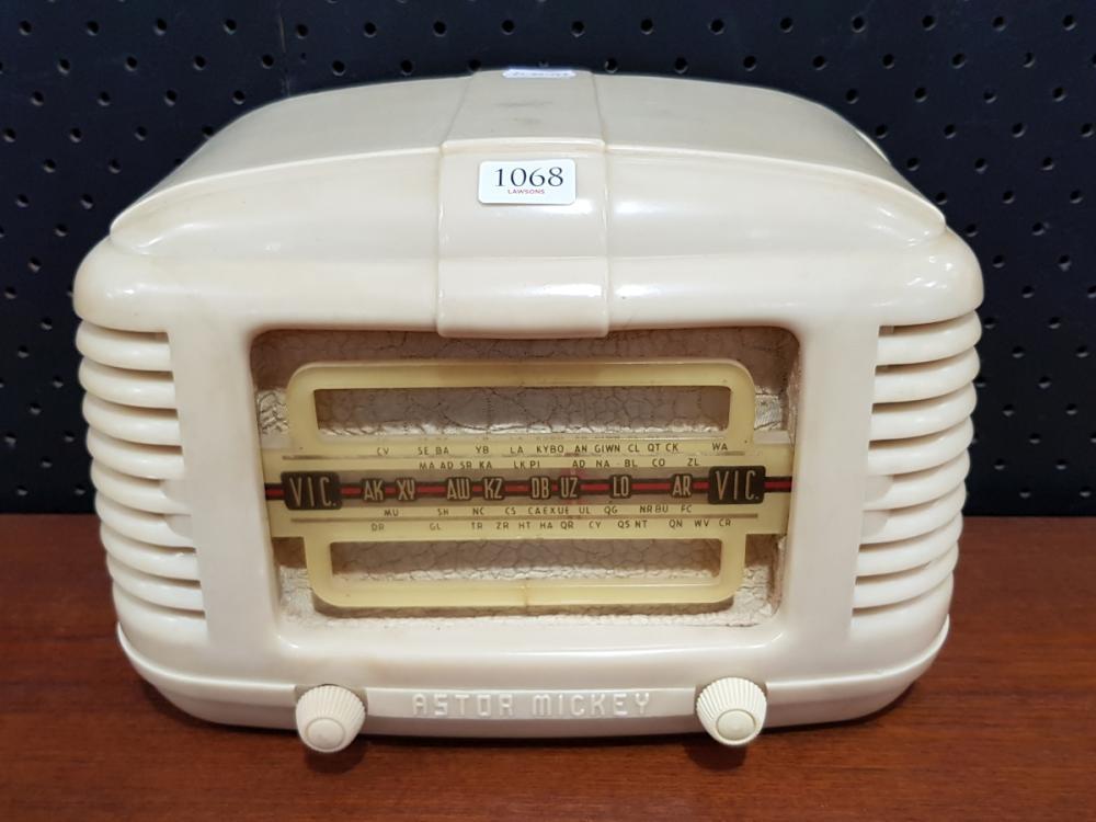 Astor Mickey Radiola (A.F, W 26cm)