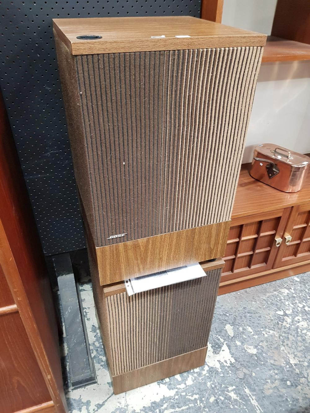Lot 1089: Bose Model 501 Direct/Reflecting Loudspeakers 1971-1977