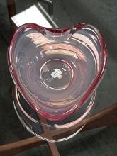 Lot 1102: Seguso D'Arte 1970's Bowl in Ruby & White
