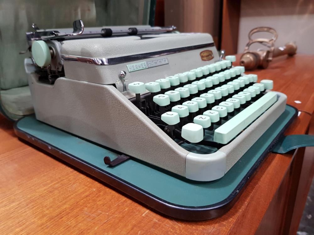 Lot 1106: Hermes Typewriter