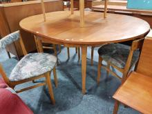 Lot 1122: Vintage Australian Teak Five Piece Dining Suite inc Round Extention Table and 4 Chairs
