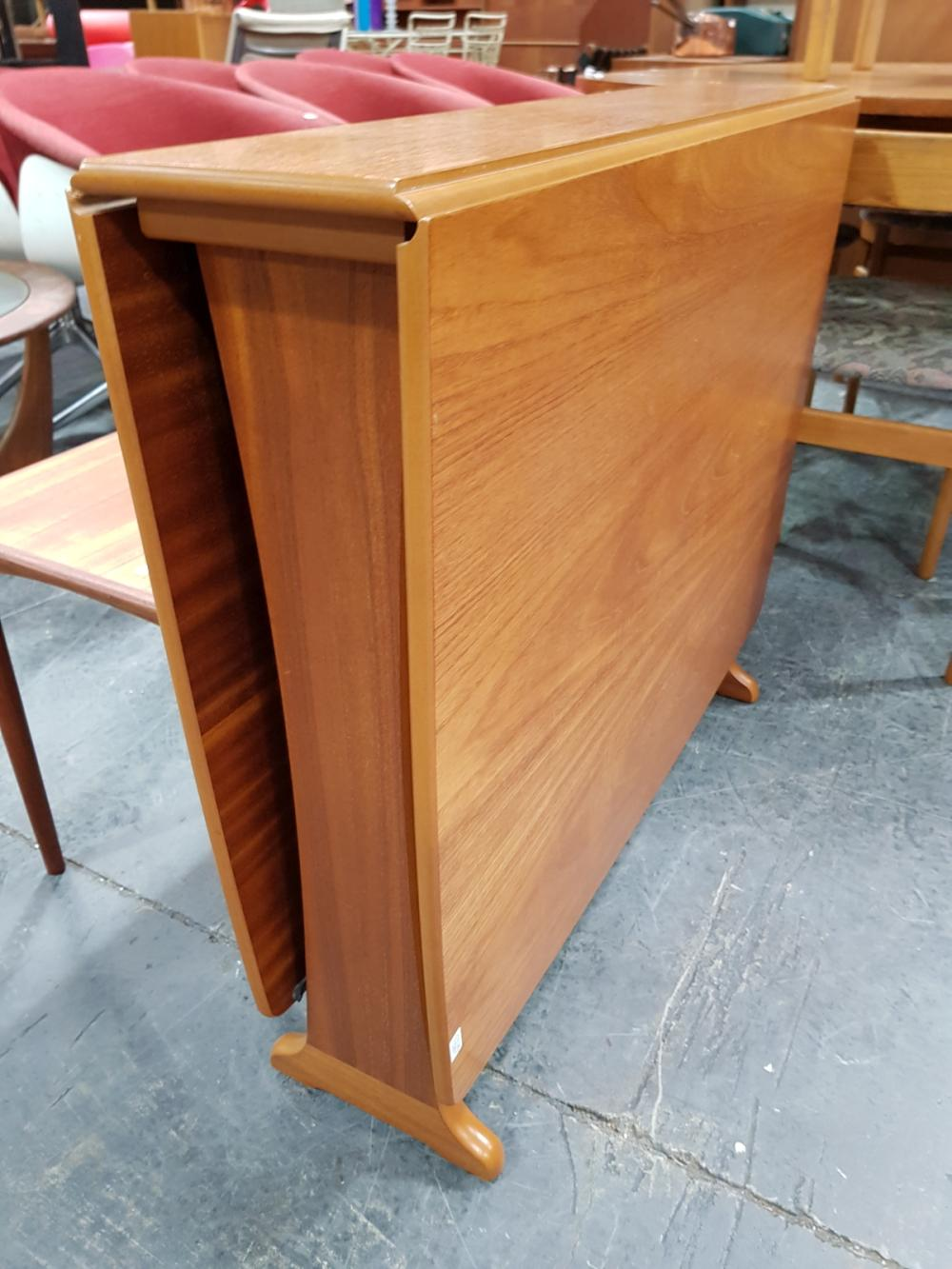 Lot 1125: Quality Legate Teak Drop Leaf Table