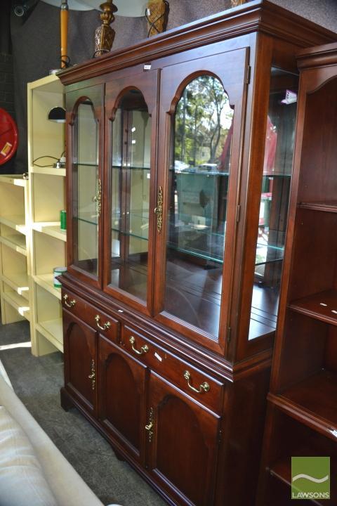 Drexel Mirroredback Display Cabinet On Cabinet Base 061710