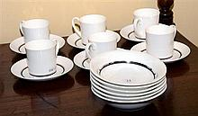 AN ENGLISH WEDGWOOD BONE CHINA SUSIE COOPER DESIGN BREAKFAST SETTING FOR 6