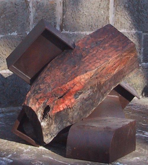 Janik Bouchette - L'un Contre L'autre, 2001 90 x 83 x 94 cm