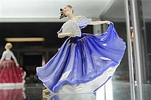 Royal Doulton Figure 'Elaine'  HN 2791