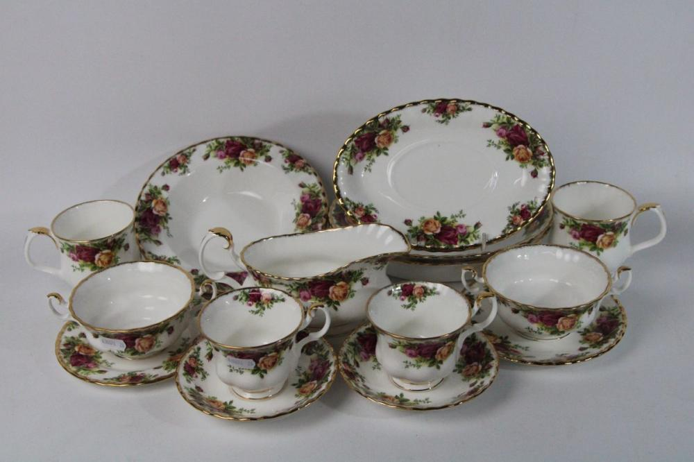 Royal Albert Old Country Roses Items inc Cups, Bowls and Others ( 18 Pieces total)
