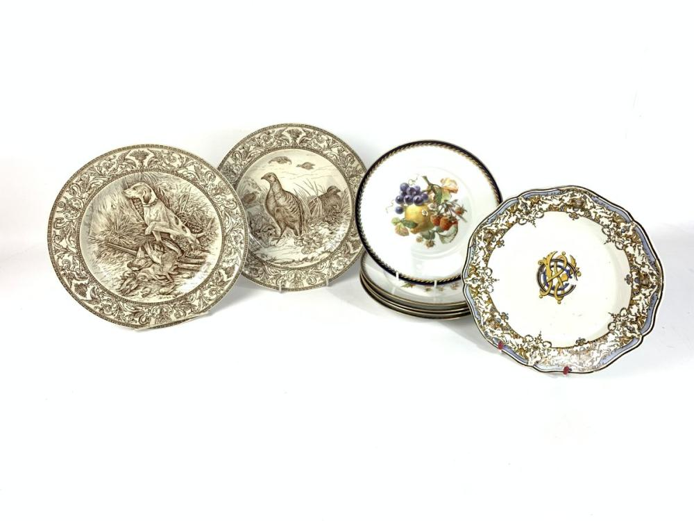 Lot 34: A Set of 5 Rosenthal Plates with Central Fruit Motifs ( Dia 22cm) Together with 2 Wedgwood Plates (One heavily Cracked) and Another