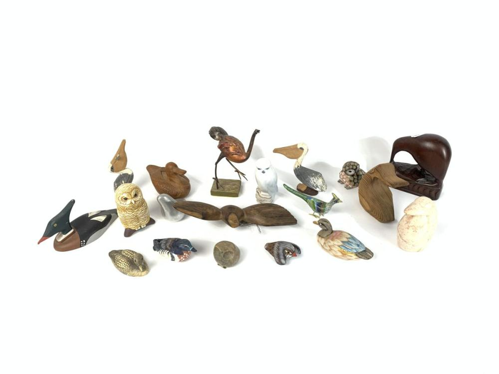 Collection of Bird Ornaments incl Lalique, Copenhagen, Villeroy & Boch, Isle of Wight Art Glass etc