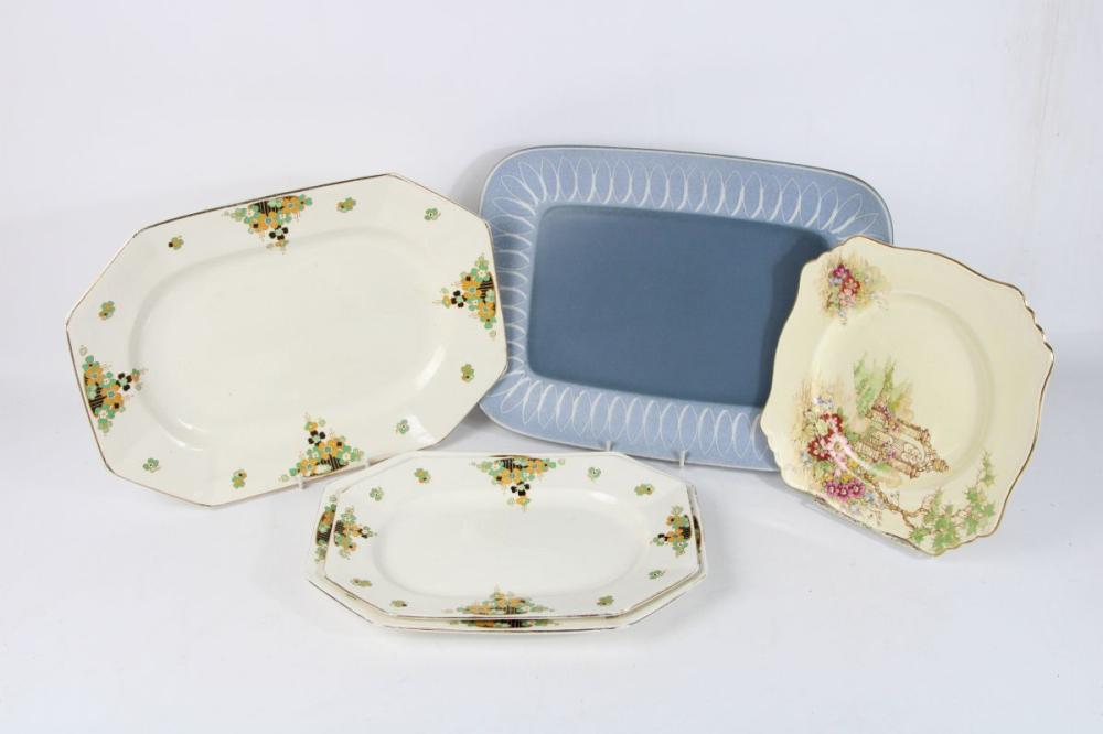 English Graduating Serving Dishes Together with A Denby Example