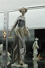 Lladro Figure of Girl w/ Flowers