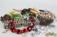 Good Quality Collection of Costume Jewellery inc Vintage
