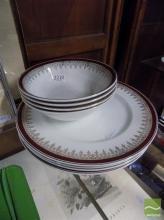 Myott England Royalty Part Service inc 4 Dinner Plates and 4 Bowls