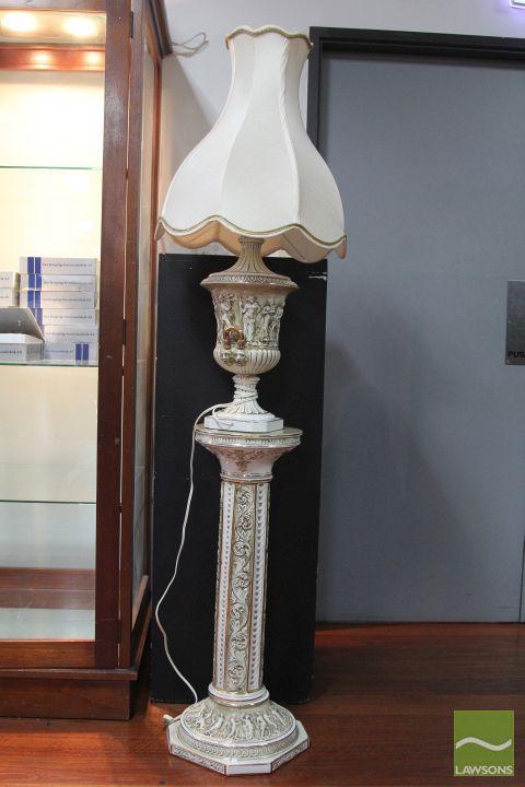 Capodimonte Urn Shape Lamp On Plinth