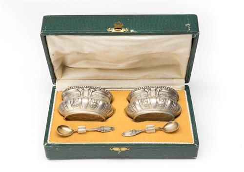 French boxed set of silver plated salts and serving spoons, salts size 4 x 6 cm