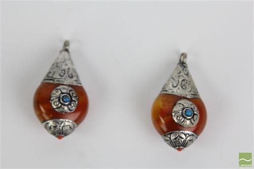 Tibetan amber bun shaped pendants