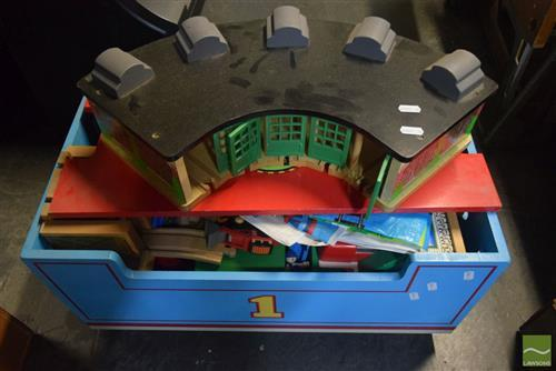 Thomas the Tank Engine Kids Trolley & Accessories