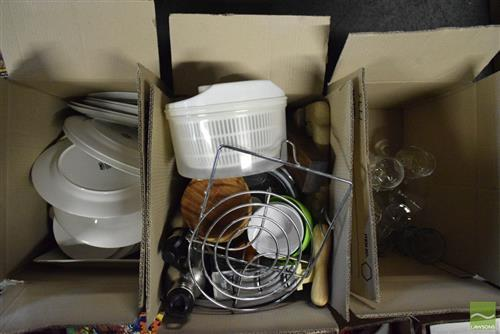 3 Boxes of Kitchenware