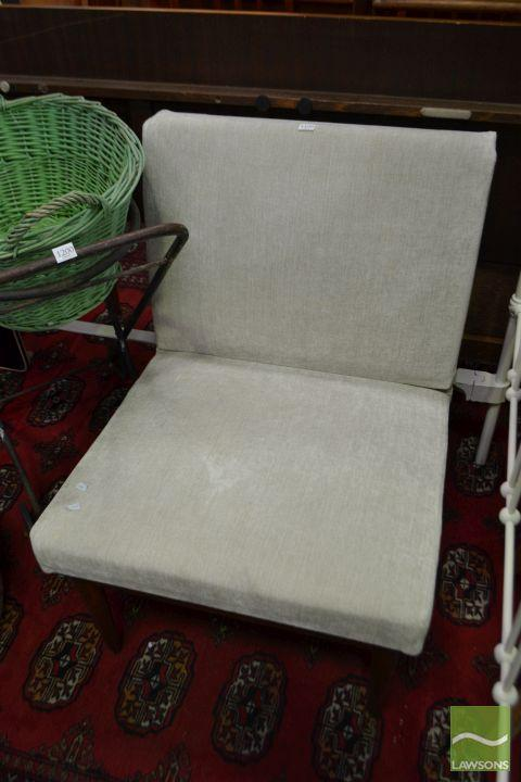 Parker Armless Lounge Chair