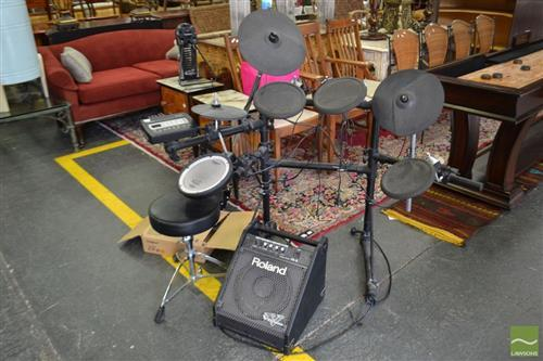 Roland TD-3 Percussion Sound Module Electronic Drum Kit with Amplifier and accesories (good working order)