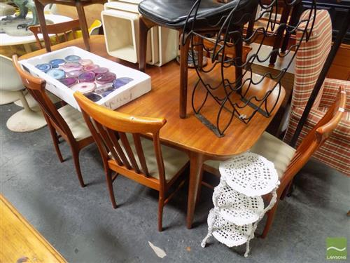 McIntosh Teak Table and Set of Six Chairs (H 74 x L 180 / 226 x W 100cm)
