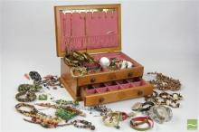 Lift Top Jewellery Case inc Large Quantity of Costume Jewellery inc Beads, Bangles, Rings, Necklaces, Cat Brooches, Silver