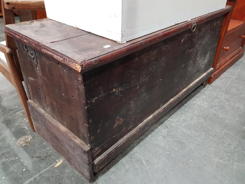 Painted Lift Top Trunk