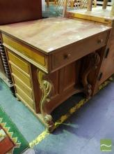Fitted Ladies Desk