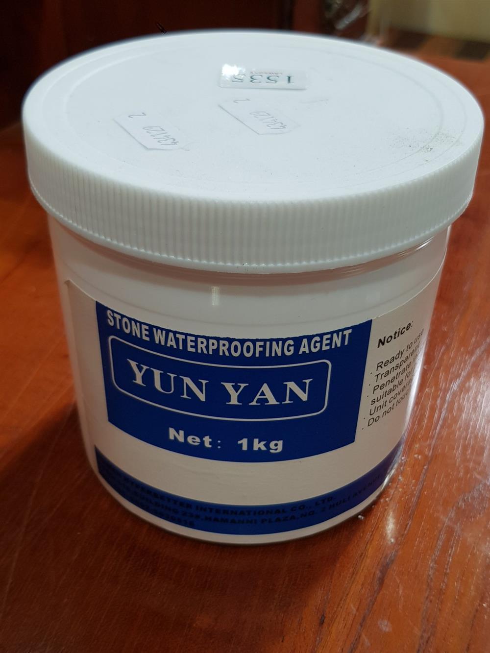 Tub of Waterproofing Solution