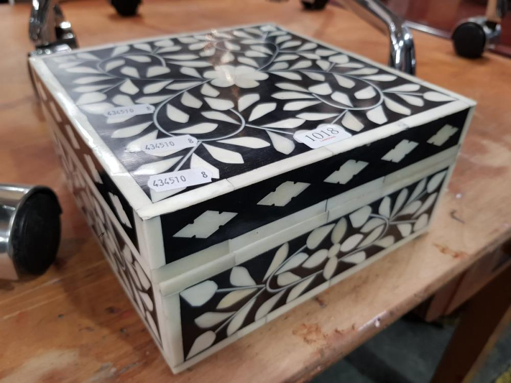 Bone Inlaid Small Trinket Box