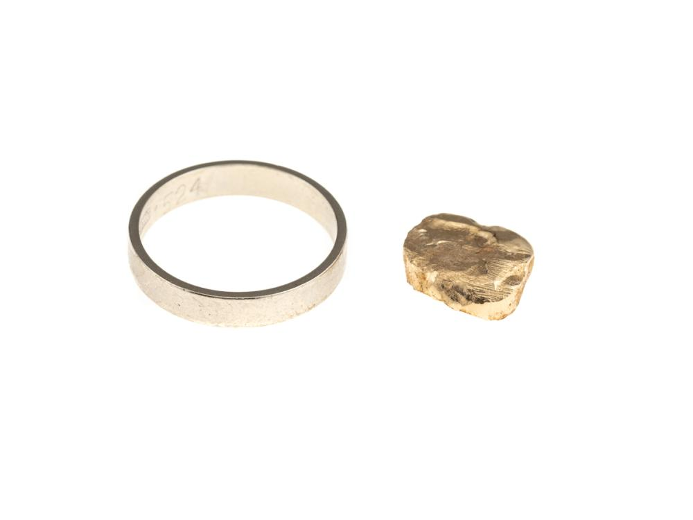 AN 18CT WHITE GOLD WEDDING BAND AND DENTAL GOLD; band size N, 3.16g, dental gold test as 18ct, total wt. 2.02g.