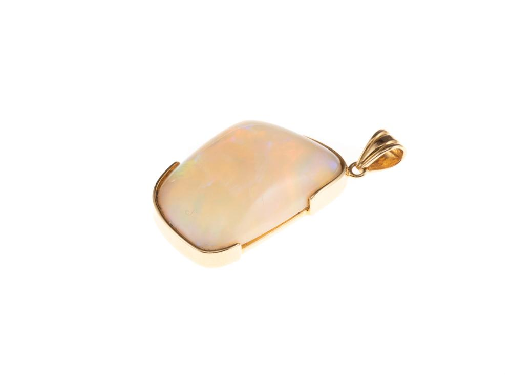AN 18CT GOLD OPAL PENDANT; featuring an approx. 38ct free-form Andamooka opal with fine colour range, size 40 x 20 including bale, w...
