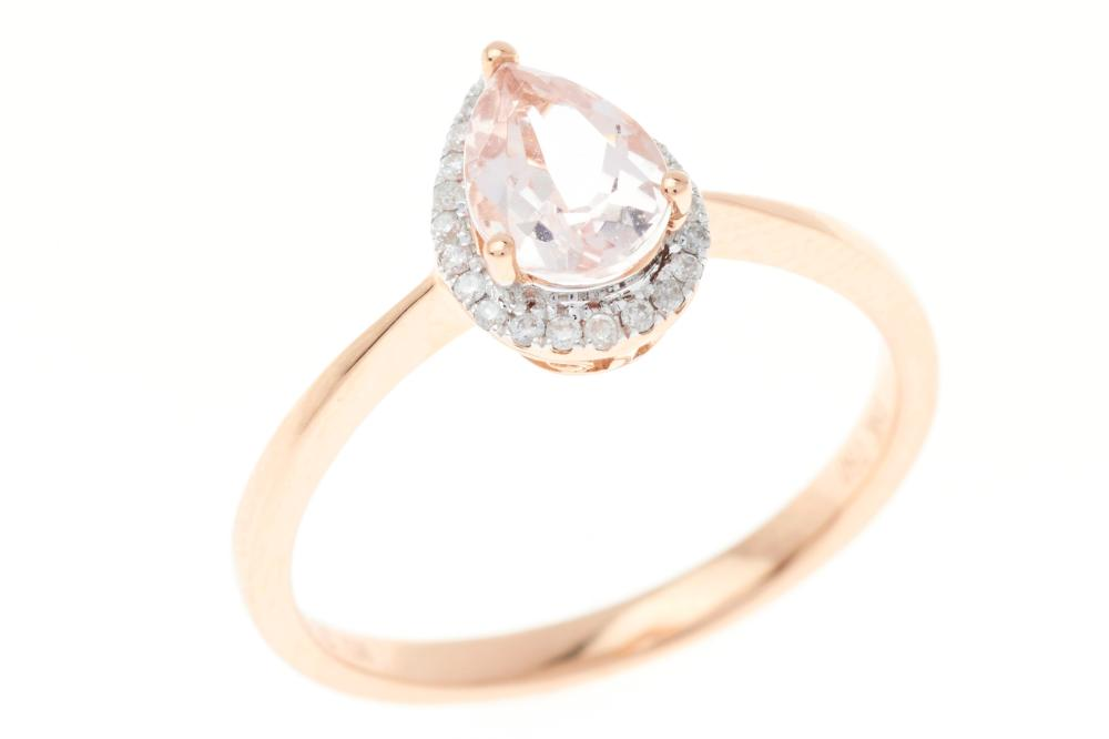 AN 18CT ROSE GOLD MORGANITE AND DIAMOND RING; with central pear cut morganite of approx. 0.70ct surrounded by 23 round brilliant cut...