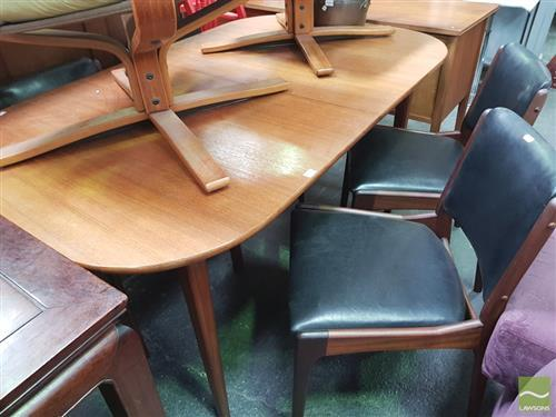 Good quality Younger Afromosia Teak Dining Table and Set of : H0669 L135471662 from www.invaluable.co.uk size 500 x 375 jpeg 30kB