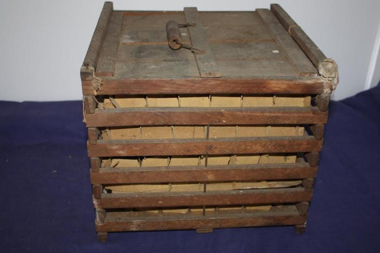 Wood egg crate