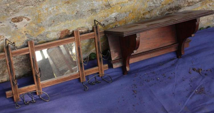 1 Shelf & 1 Coat Hanger w/Mirror