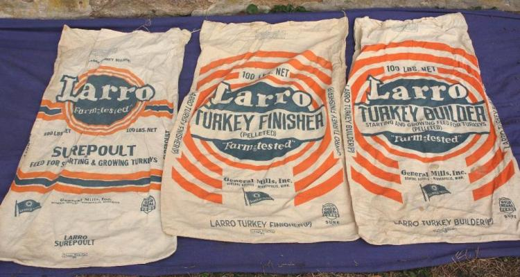 3 Larro Sacks