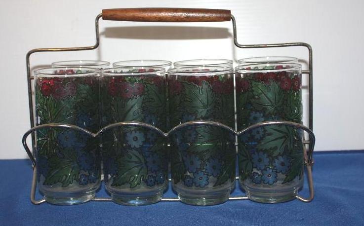 8pc. glassware set w/carrier