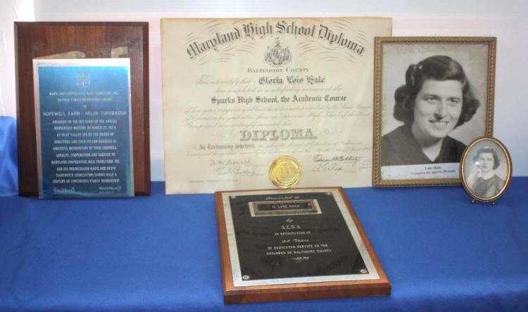 G. Lois Hale and Helen Turnbaugh // Pictures and Plaques