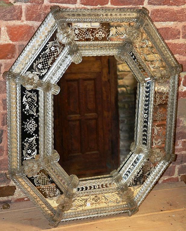 Beau miroir murano for Beaux miroirs