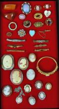 (35) VICTORIAN & VINTAGE COSTUME JEWELRIES