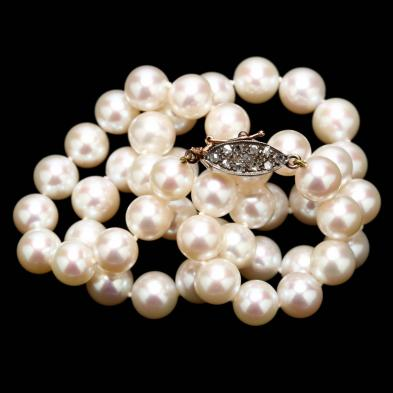 Pearl Necklace with Silver Topped Gold and Diamond Clasp
