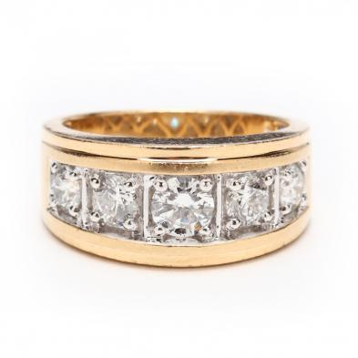 Gent's 14KT Gold and Diamond Ring