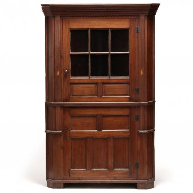 Southern Chippendale Folky Corner Cupboard
